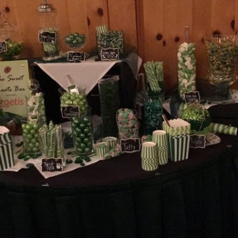 Must Love Dogs An Emerald Affair 2016: Candy Bar