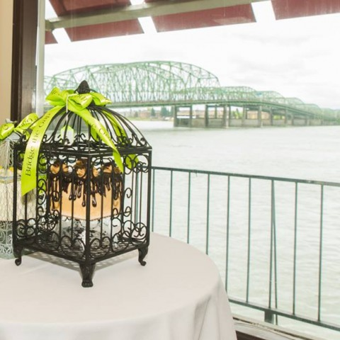 Bridge the Gap - A Garden of Possibilities Annual Brunch & Auction April 30th, 2017: Centerpiece Decor